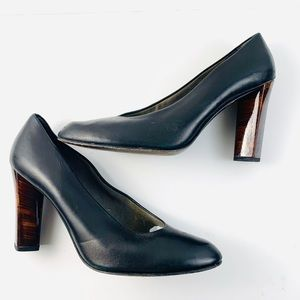STUARY WEITZMAN Black Leather Heels